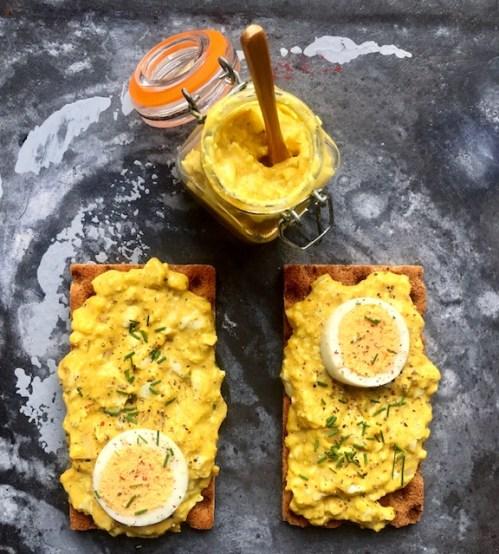 volkoren crackers met eiersalade