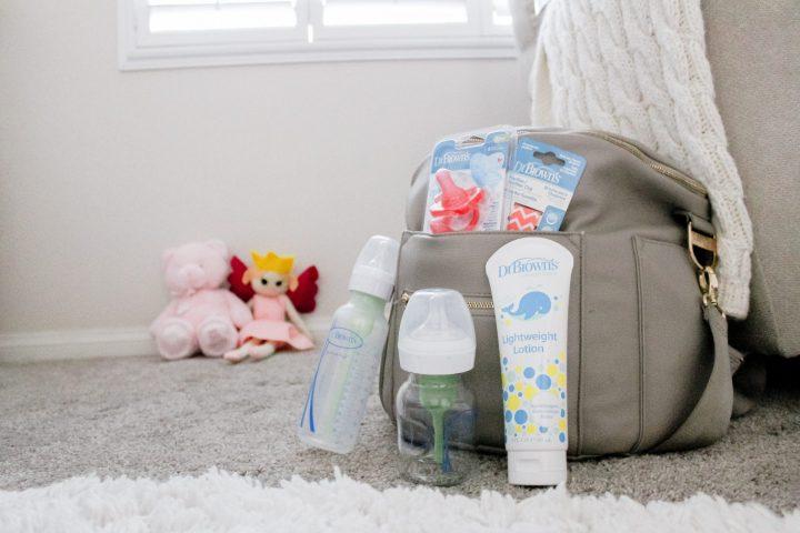 Newborn Diaper Bag Essentials and Non-Essentials