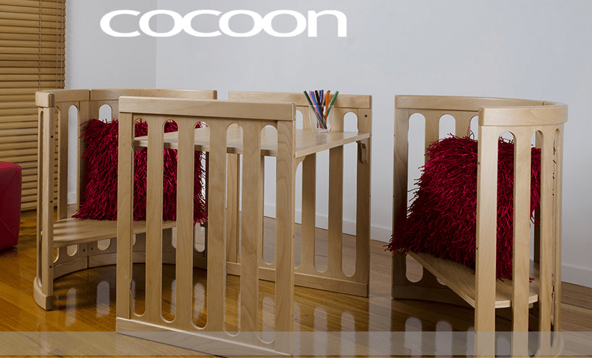 Cocoon Nest table and chairs