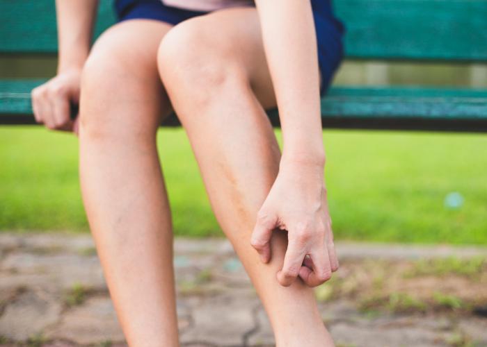 Hidratar la piel seca de las piernas