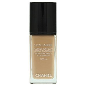 Chanel Vitalumiere Satin Smoothing Fluid Makeup SPF 15