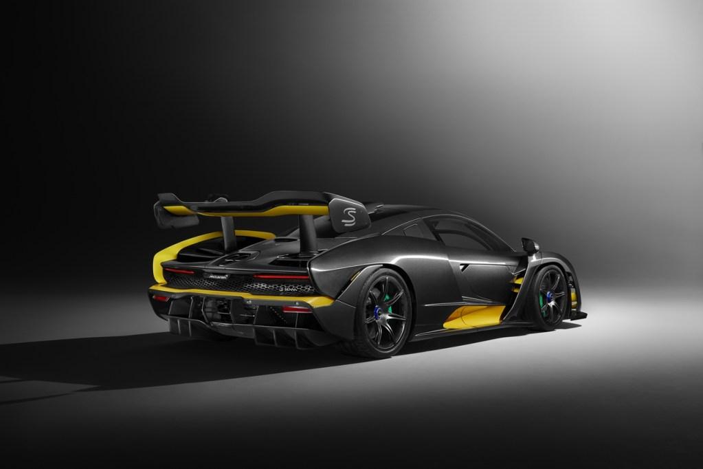 McLaren_Senna_CarbonTheme_02