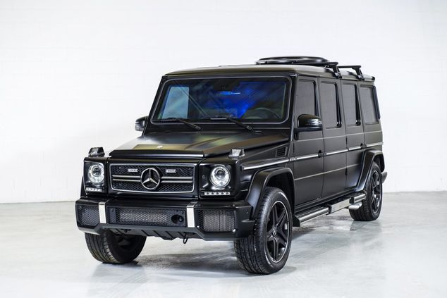 to-keep-the-g63-out-of-trouble-the-limo-is-equipped-with-a-slew-of-perimeter-security-cameras-now-thats-enough-protection-to-make-any-dictator-green_gallery_imagex42
