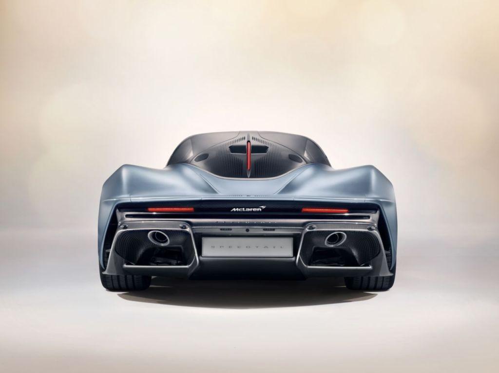 2019-McLaren-Speedtail-3