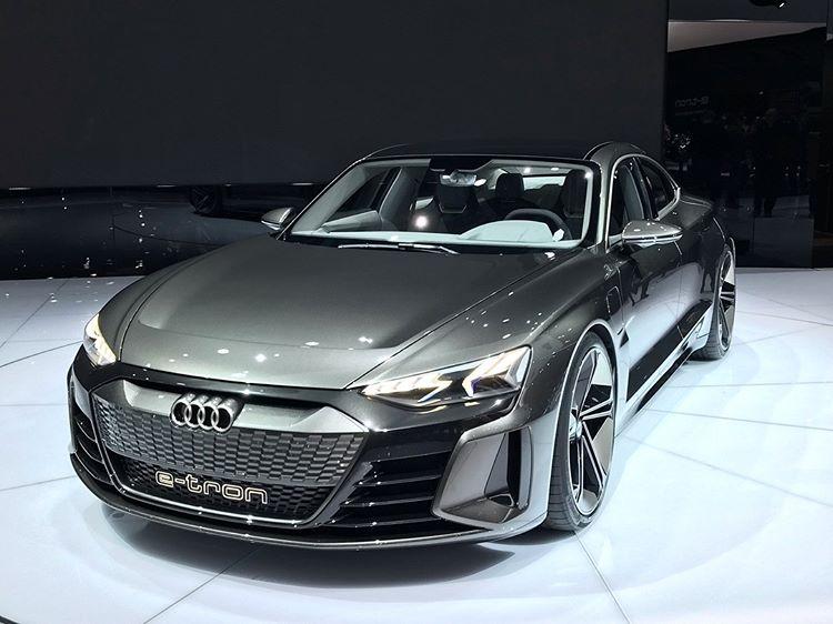 Audi-etron-5