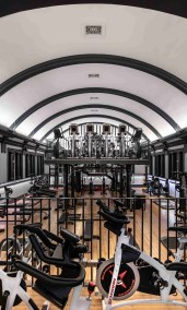 The Mezzanine of Luxe Fitness gym in Bristol
