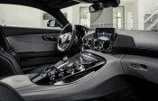 2016-Mercedes-AMG-GT-7