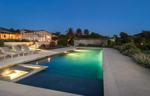 Lady Gaga Splashed Out $22,5 Million on Malibu Estate