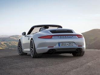 Porsche 911 GTS4