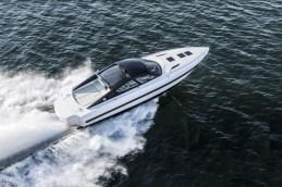 yacht-design-Monaco-yacht-show-2014-Revolverr-44GT_Running-1