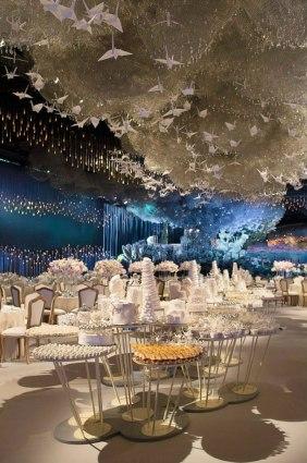 Lucid-Dream-Cloud-Installation-Wedding-Dubai-5