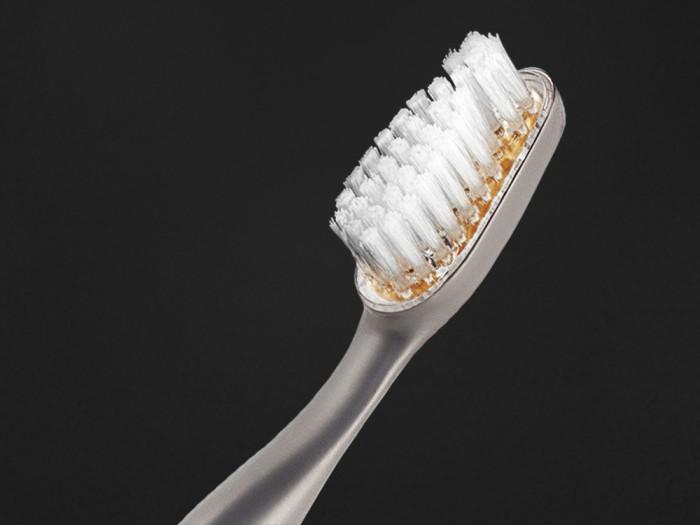 Reinast-toothbrush-4