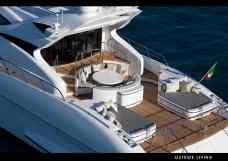 Super-Yacht-Mangusta-105-exterior