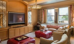 Luxury Apartment in Sherry-Netherland Hotel