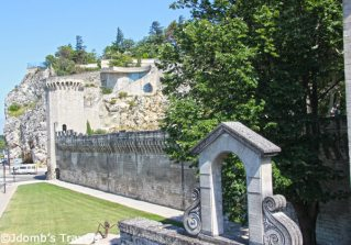 Jdombs-Travels-Avignon-13