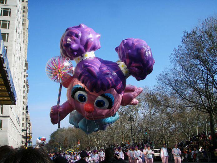 Abby Cadabby globo gigante Desfile del Día de Acción de Gracias de Macy's