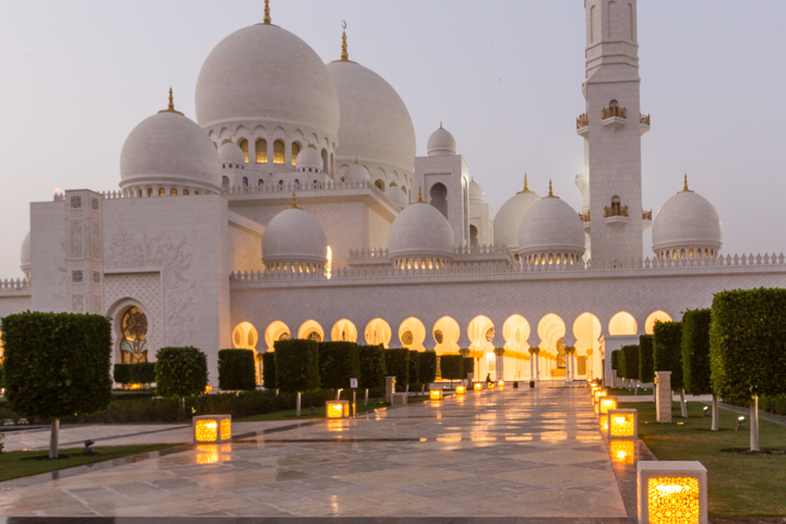 Twilight at Grand Mosque, Abu Dhabi
