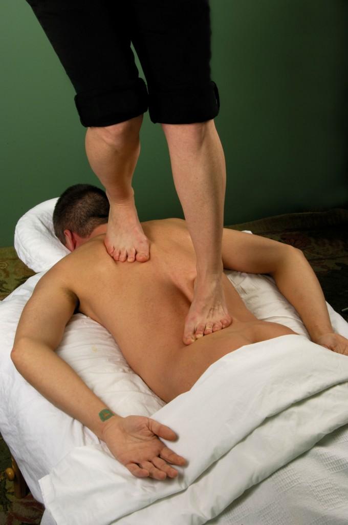 shutterstock_1240564 barefoot massage luxe beat magazine web