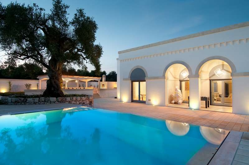 Leah Walker_Winter Destinations_MasseRia la Raganella celeste