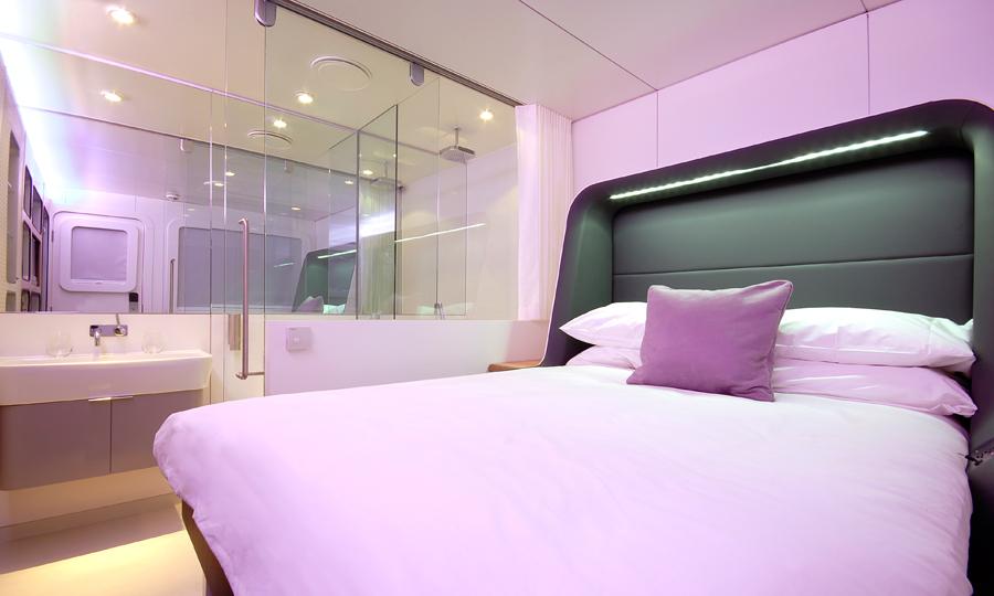 Premium room at YOTEL Hotel at Amsterdam Airport Schiphol