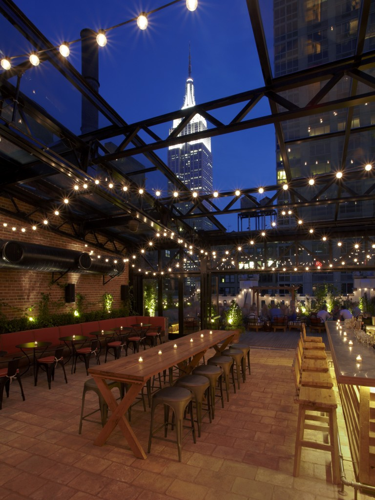 130715_Refinery_RooftopBar_16343 (2)