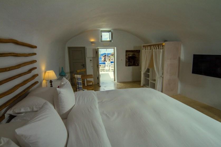 Grotto Suite Courtesy of Iconic Santorini
