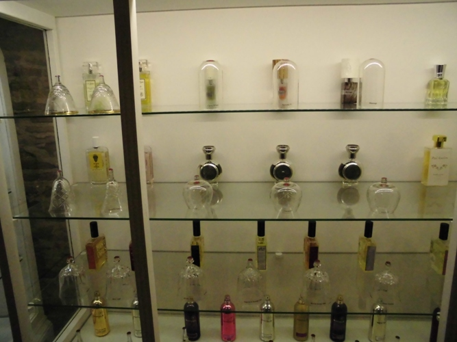 Perfumes in Basilica Gallery