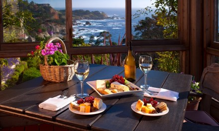 A Room With a View: Carmel's Tickle Pink Inn