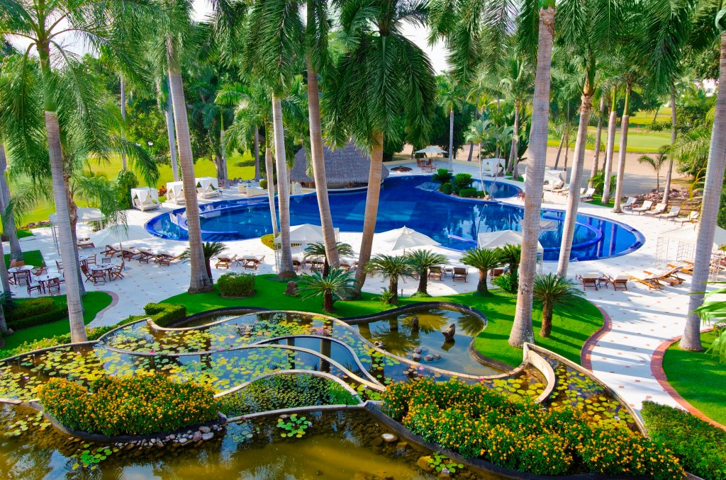 casa-velas-pool