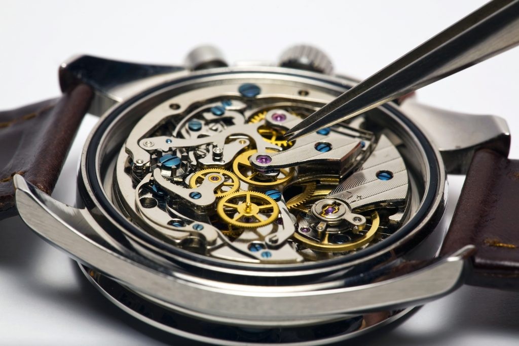 Watch for repair_Credit_Alex Yeung at Shutterstock