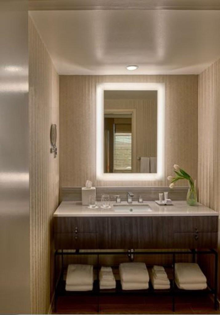Hotel Zoe Suite Bath
