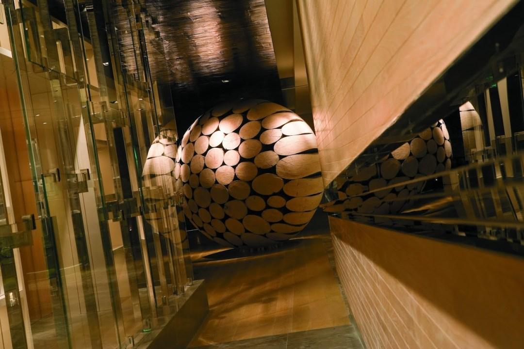 Grand Hyatt Taipei Lobby Decoration