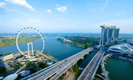 Four Seasons Hotel Singapore Ups the Luxury Ante