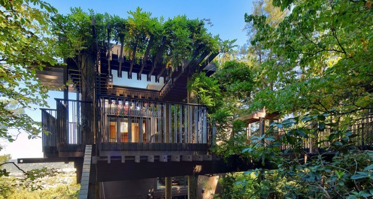 Architectural fantasy in Beverly Hills