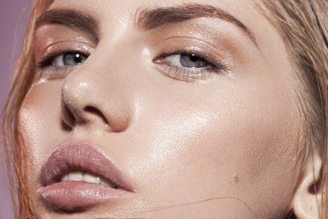 Daily habits that make oily skin even greasy