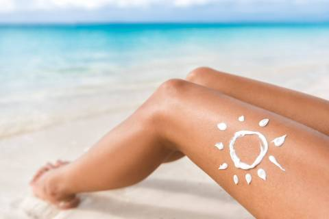 What to do to avoid sunburn and how to remove burns