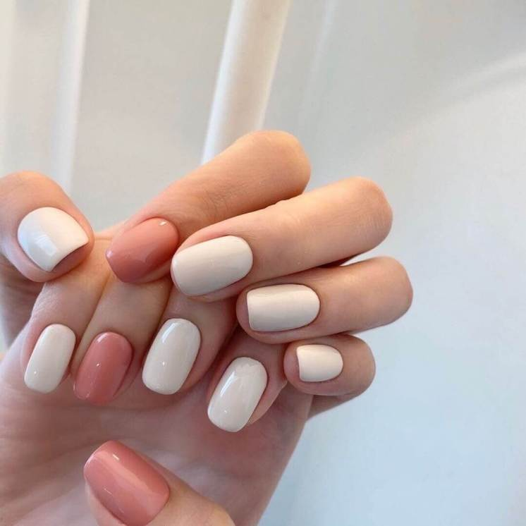 White on short nails