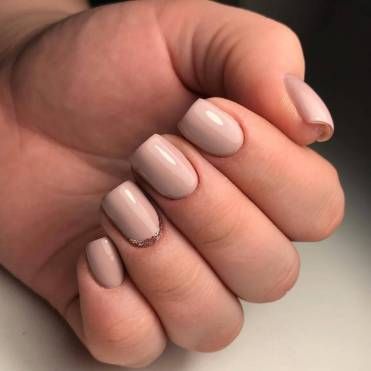 Office manicure for short nails
