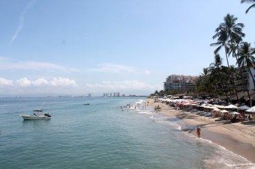 LuxeGetaways_LGBT-Travel_puerto-vallarta-4-los-muertos-beach