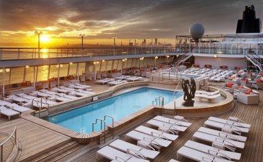 Crystal Cruises | Symphony Pool Deck