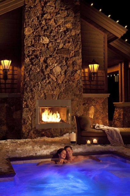 14 Spa Jacuzzi (Resort)