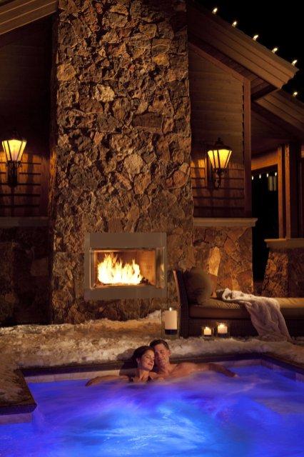 LuxeGetaways - Luxury Travel - Luxury Travel Magazine - Luxe Getaways - Luxury Lifestyle - Digital Travel Magazine - Travel Magazine - Park City is Epic at Waldorf Astoria Park City - Utah - Sponsored Post - Travel Blog - Spa Jacuzzi
