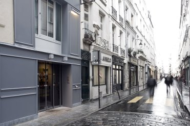 LuxeGetaways - Luxury Travel - Luxury Travel Magazine - Luxe Getaways - Luxury Lifestyle - Digital Travel Magazine - Travel Magazine - A Weekend in the Marais Area of Paris - Jules and Jim - France - Street View