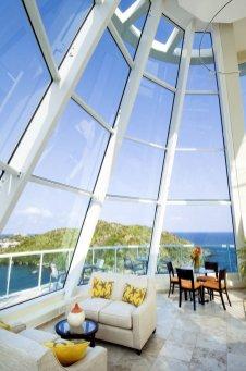 LuxeGetaways Magazine | Oyster Bay Beach Resort 2
