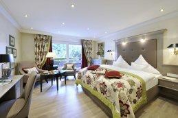 LuxeGetaways_Courtesy-Hotel-Bareiss_Room