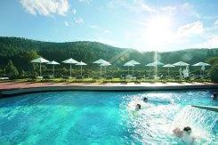 LuxeGetaways_Traube-Tonbach-Hotel_Pool