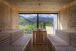 LuxeGetaways_Best-of-the-Alps_2
