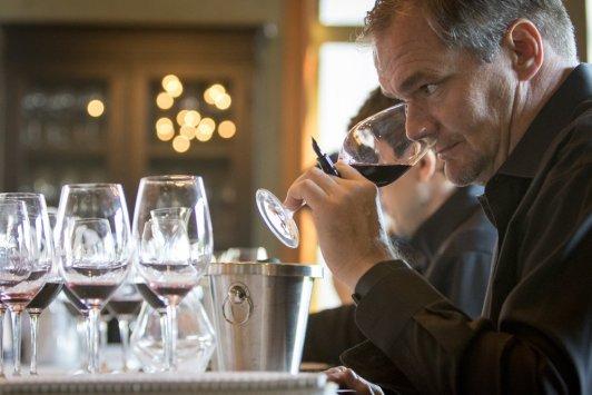 alpha-omega-winemaker-jean-hoefliger_suzanne-becker-bronk