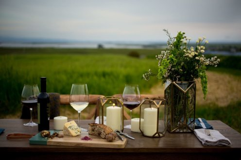 LuxeGetaways - Luxury Travel - Luxury Travel Magazine - Luxe Getaways - Luxury Lifestyle - Napa Valley Wine Experiences - Liana Table - Setting