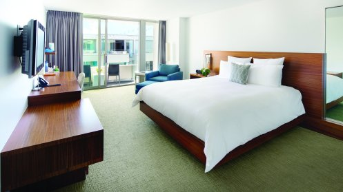 LuxeGetaways - Luxury Travel - Luxury Travel Magazine - Luxe Getaways - Luxury Lifestyle - Tower23 Hotel San Diego - King Bedroom